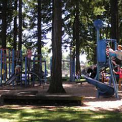Peninsula Park Community Center