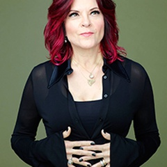 Rosanne Cash: She Remembers Everything