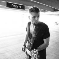 "Genre-bending rocker Andy MacIntyre announces new EP ""Melomania"" dropping April 14"