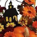 DIY Spooky pumpkin: Halloween themed arrangement in real pumpkin