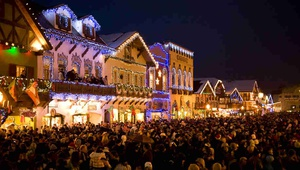 Spend the Day in Leavenworth for the Christmas Lighting Festival
