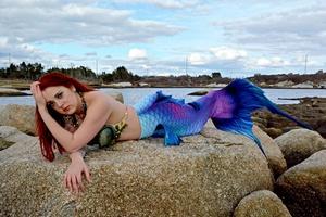 Raina the Mermaid at Baytubs!