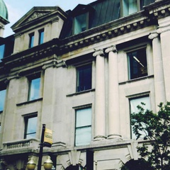 Walking Tour - 13th Avenue: Cathedrals and coffee houses