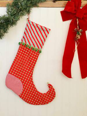 Christmas Stockings (7 yrs+, families welcome)