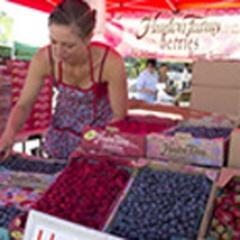 Farmers Market at Crossroads