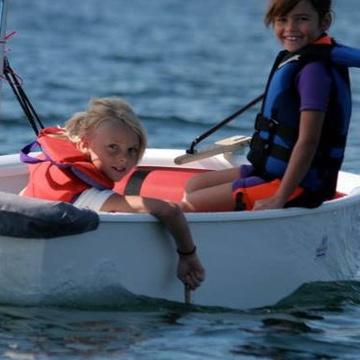 Hollyburn Sailing Club's promotion image