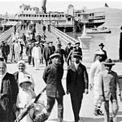 West Coast Immigration to the United States in the 20th Century