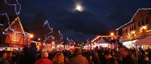 Oak Bay Christmas Festival Light Up