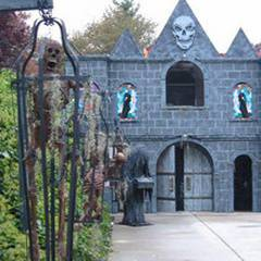 Dead time Dreams Haunted House