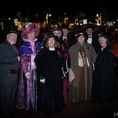 Traditional Carol Singers on the Avenue