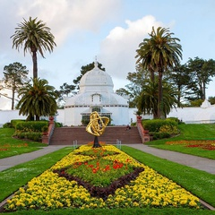 SF Conservatory of Flowers: Botanicals and Brews