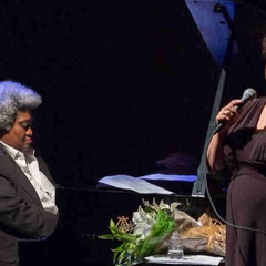 Gospel Christmas: Singer Kim Nalley Shines in Annual Holiday Show