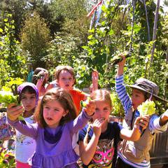 Magnuson Children's Garden: Inter-generational Nature Walks