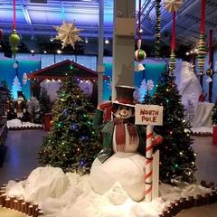 Santa's Wonderland Preview Night & Kickoff