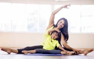 Family Yoga Winter 2020