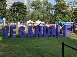 Toronto - Vegandale Food Drink Festival 2019