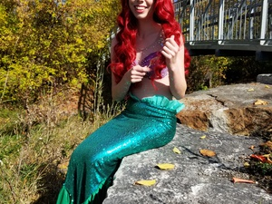 Painting Party with the Little Mermaid!