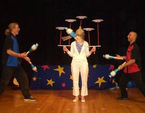 Tu B'Shvat Circus Juggling and Fun Featuring EarthCapades!