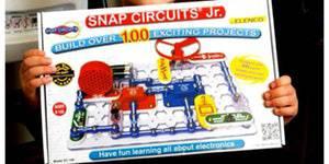 Fun with Snap Circuits - July