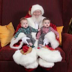 Photos with Santa Claus at Hillsdale Shopping Center