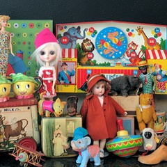 The Antique and Collectible Doll, Toy & Antique Sale