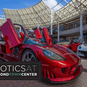 Exotics at Redmond Town Center