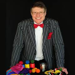 Peter Rooke - Fun Magic Shows