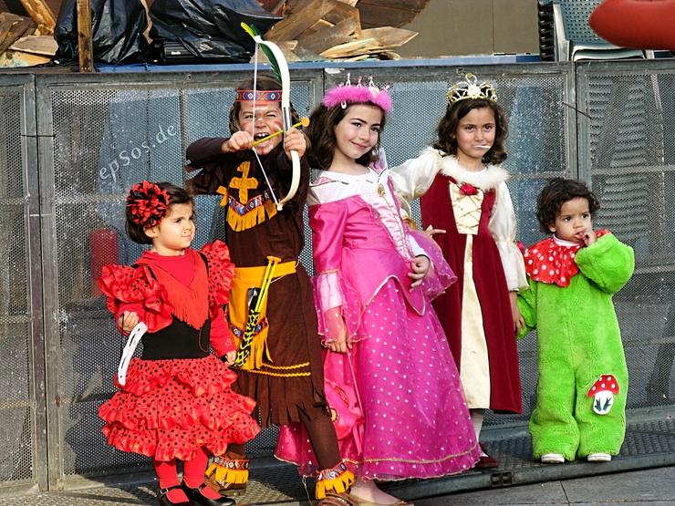 6 best do it yourself halloween costumes solutioingenieria Choice Image