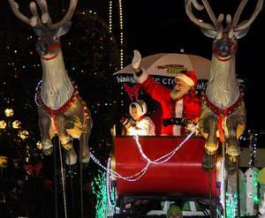 Island Farms Santa's Light Parade