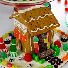 Graham Cracker House Building and Open Play on Black Friday