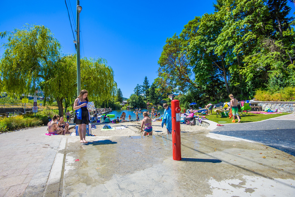 Make a splash water parks in victoria - Victoria park swimming pool price ...